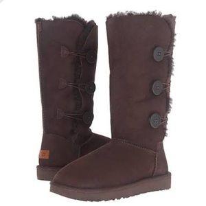 dark brown bailey button ugg boots
